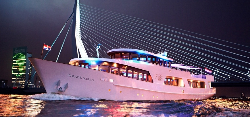 Storax viert 40 jarig jubileum op partyjacht Grace Kelly