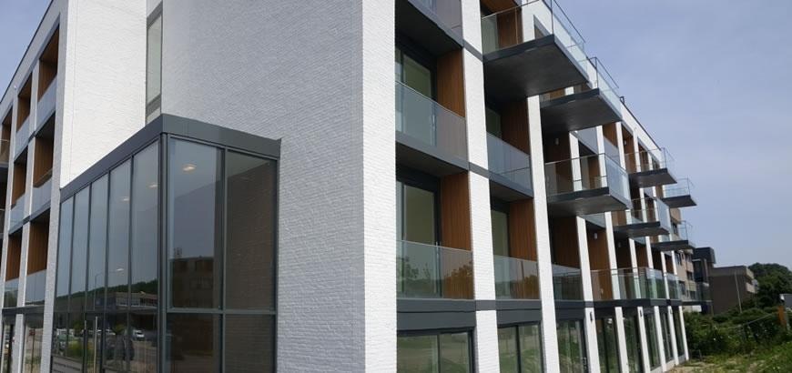 Storax glasbalustrades voor 61 appartementen te Weesp