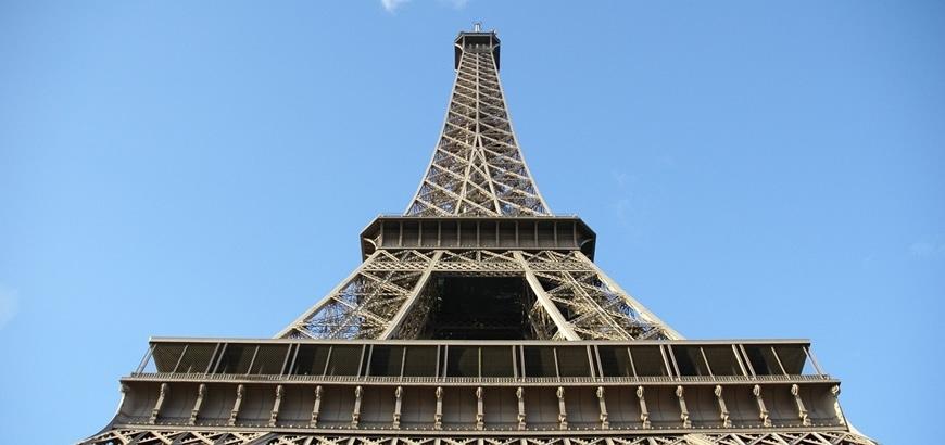 Referentieproject: Gradus trapneuzen voor de Eiffeltoren