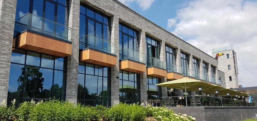 Storax levert glasbalustrade componenten voor Van der Valk te Heerlen