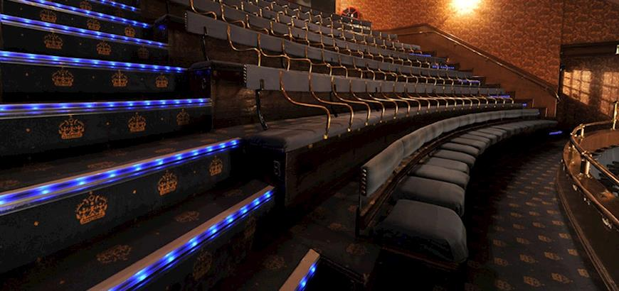 Storax trapneuzen met LED verlichting